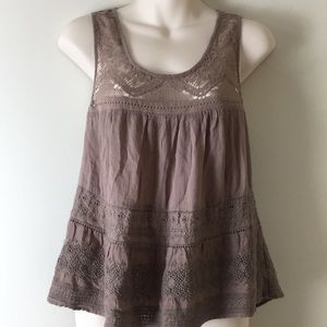 🍎American Eagle sleeveless lace summer brown top